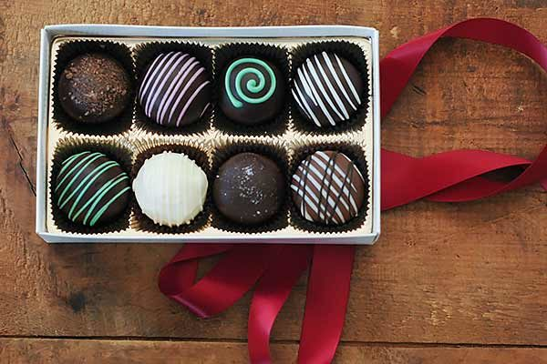 8PC Chocolate Truffle Assortment