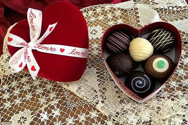 6pc Valentines Day Chocolate Truffle Gift